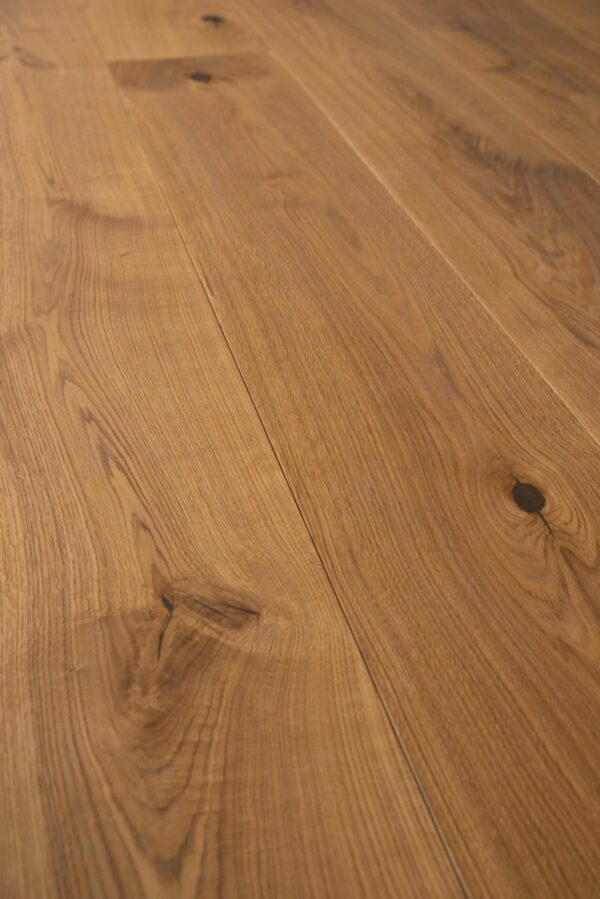 Plank pattern natural oiled colour Arezzo